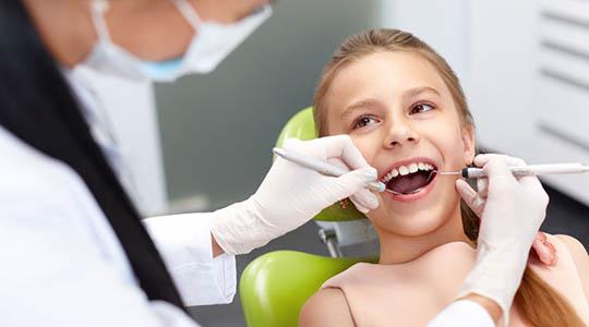 pečatenie zubov